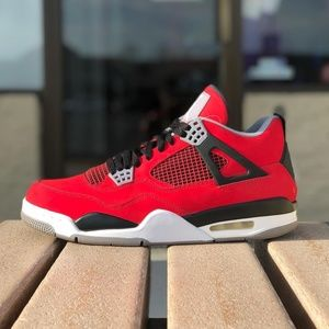 Shoes - Jordan 4s *Deadstock*